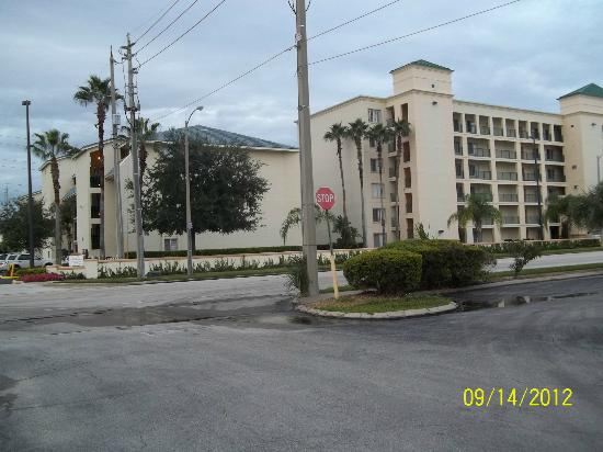 Orlando's Sunshine Resort: Hotel buildings 1 and 2