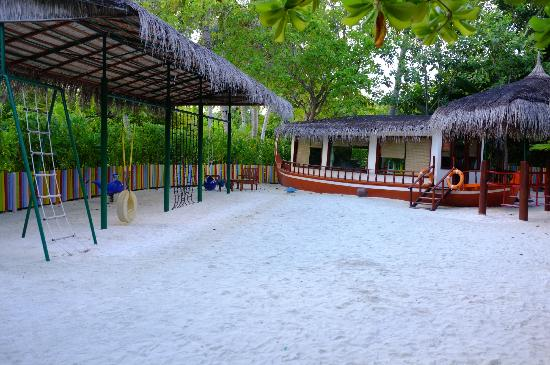 Anantara Dhigu Maldives Resort: Kids Club -- it's great!!!