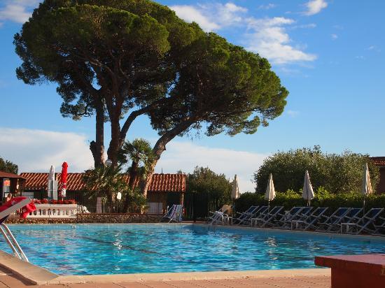 Residence La Casetta: Beim Pool