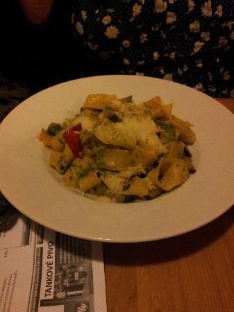 Ceska Hospudka Na Radnici : Pasta with vegetables