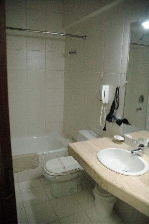Hotel Coloso: une salle de bain