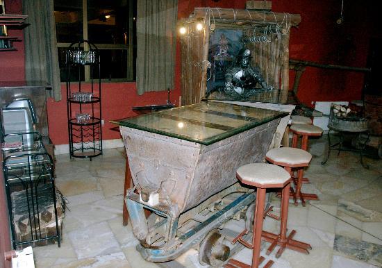 Hotel Coloso: le décor autour de la mine dans le hall d'entrée de l'hôtel