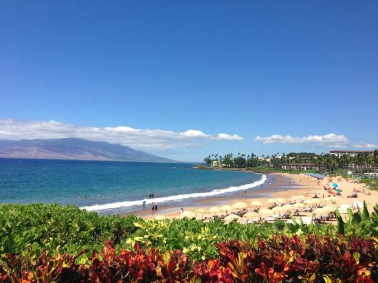 ‪فور سيزونز ريزورت ماوي آت وايليا: Cabana view of the beach at the Four Seaons Maui at Wailea!
