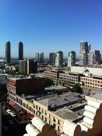 Gaslamp Plaza Suites: View from roof top -where cont bkft is served