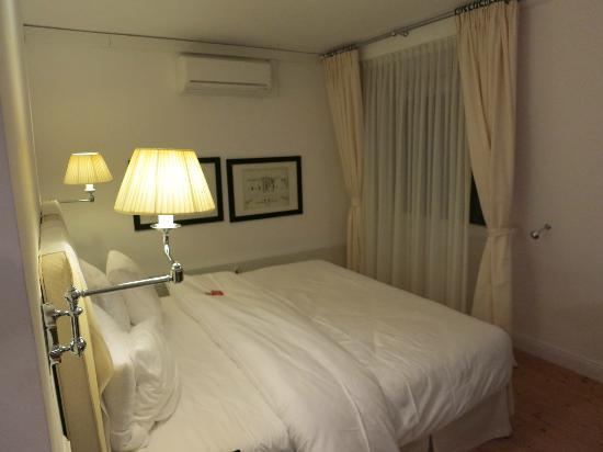 Heidelberg Suites: Sleeping area for back cottage