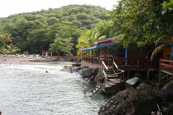 Ti Kaye Resort & Spa: Beach and beach bar