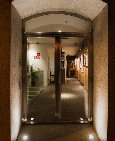 Artrip Hotel: Entrada del hotel