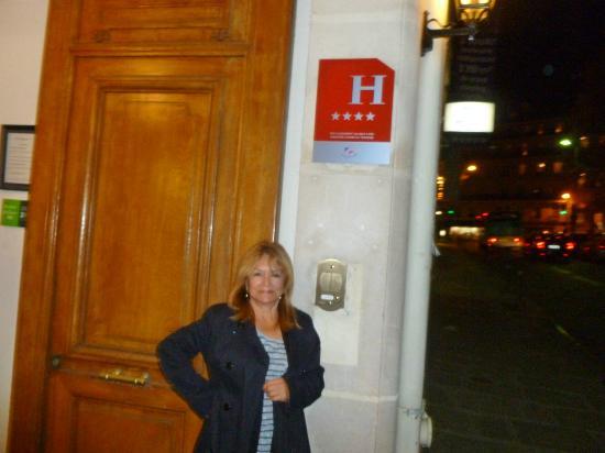 Hotel Arioso: Entrance