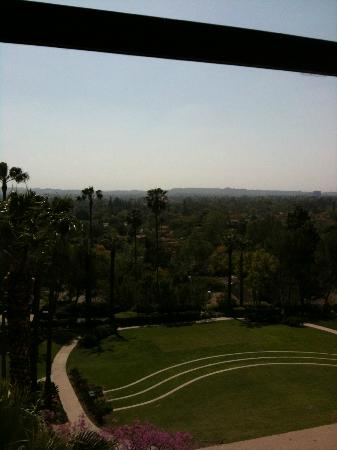 The Langham Huntington, Pasadena, Los Angeles: The view is great at night too.