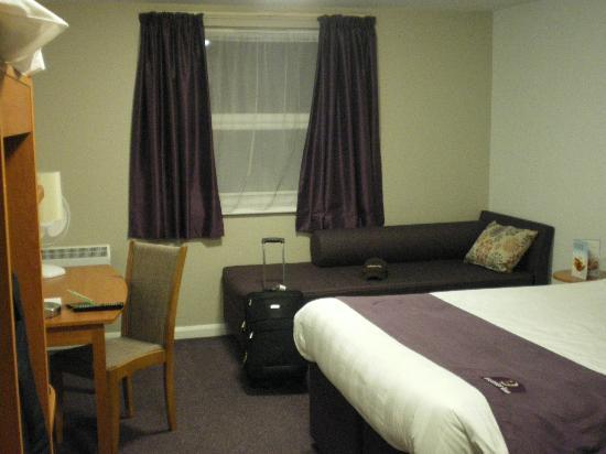 Premier Inn Fareham Hotel: My room