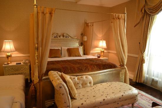 Raffles Beijing Hotel: Bedroom