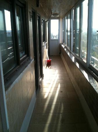 صفا هوتل: Corridor to room 