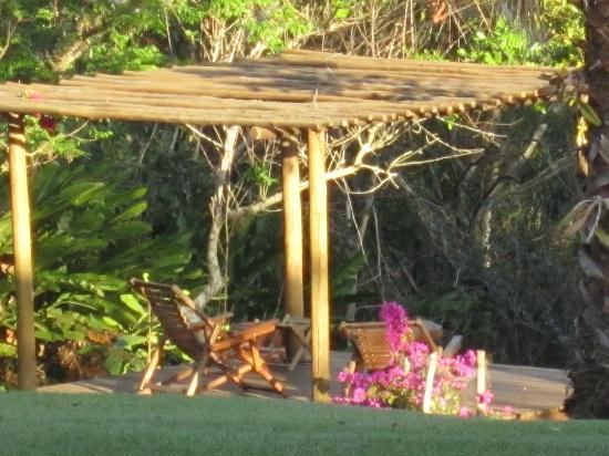 Farm Hotel Jacauna: deck para descanço e observação de aves