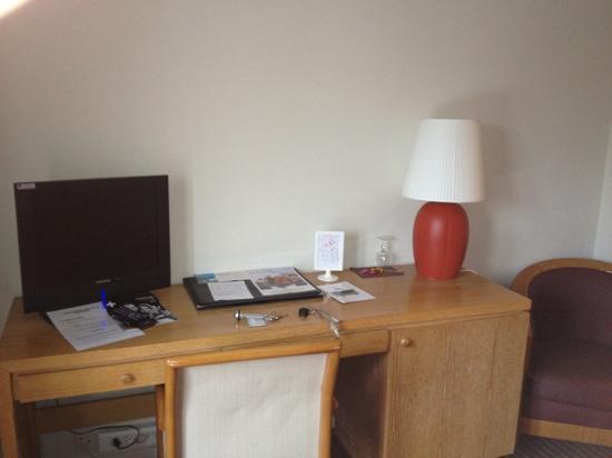 Le Pre Saint Germain Hotel : le bureau