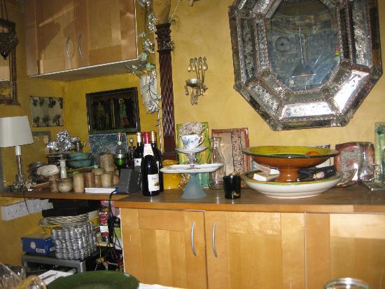 At Home Inn Chelsea: Sala de desayuno