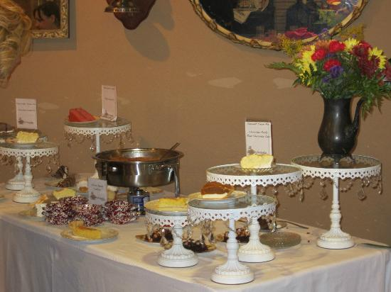 Country Keepsakes Tea Room: Dessert Buffet on Sunday Brunches
