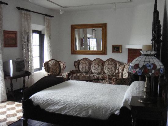 Hotel Jardin de la Muralla: Die Suite Carmen