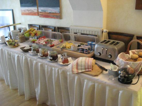 Rembrandt Hotel: Continental breakfast