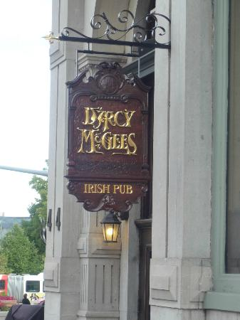 Darcy McGees: D'arcy McGees