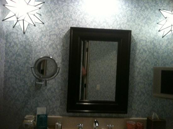 Kimpton Canary Hotel: Great Star lights in Bathroom