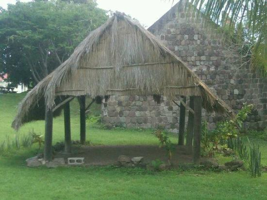 Nevisian Heritage Village at Fothergills Estate : Carib Indian dwelling...