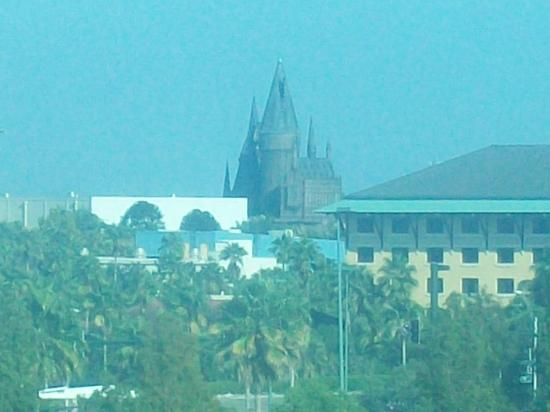 Four Points by Sheraton Orlando Studio City Hotel: hogwarts castle