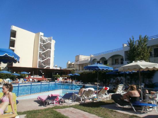 Hotel Solemar: Veiw from a sunlounger
