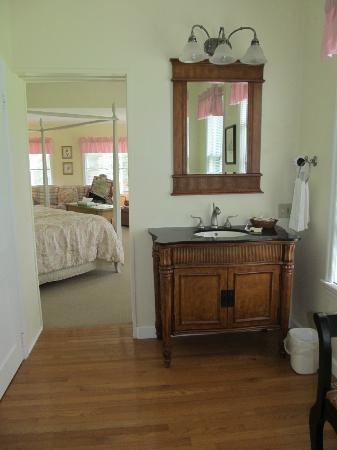 Anne's Washington Inn: Honeymoon Suite