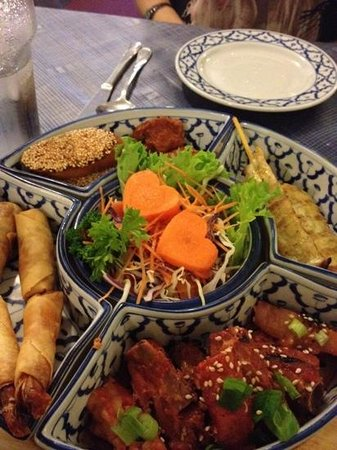 ‪Baan Thai Restaurant‬