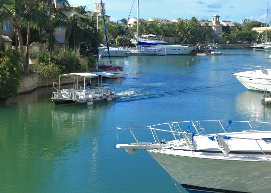 Port St. Charles : Water Taxi