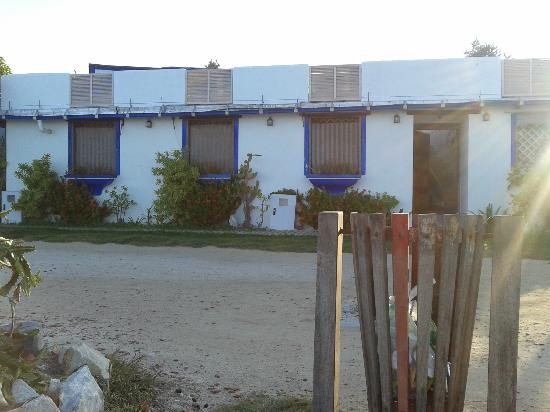 Posada Tropicana: FRENTE DE LA POSADA