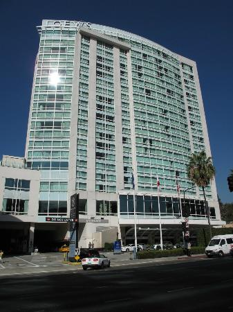 Loews Hollywood Hotel From Highland Avenue