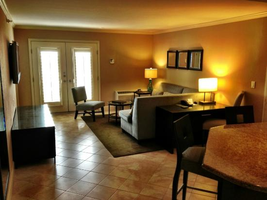 Crowne Plaza Orlando Downtown: Corner suite