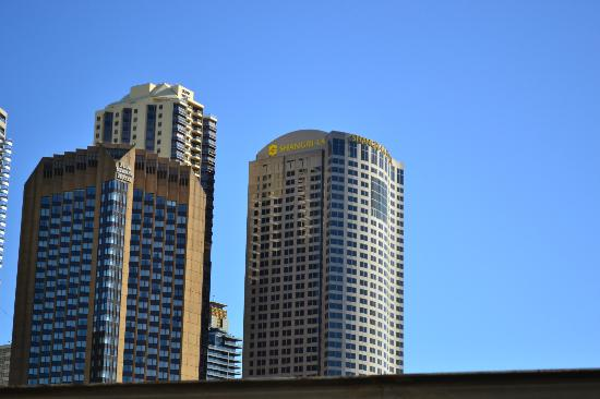 Shangri-La Hotel Sydney: The Building