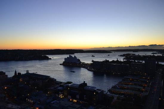 Shangri-La Hotel Sydney: That view again