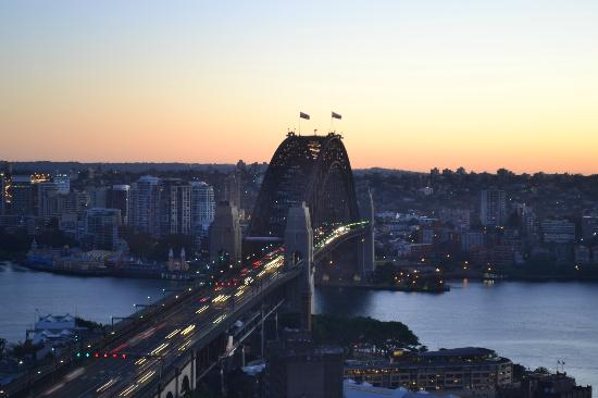 Shangri-La Hotel Sydney: Night view from our room of the Bridge