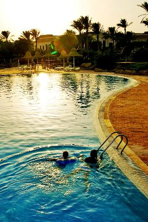 Radisson Blu Resort, Sharm El Sheikh: main swimming-pool