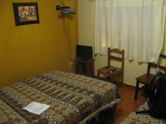 Hostal Pakarina: room 204