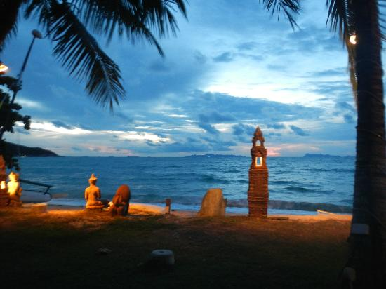 Rajapruek Samui Resort: A sunset
