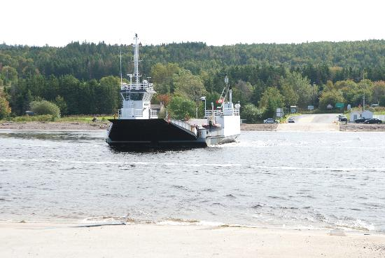 Bras d'Or  Lake: Ferry