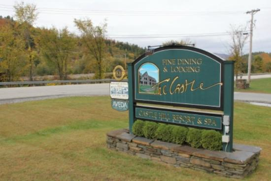 Castle Hill Resort And Spa: Resort Sign
