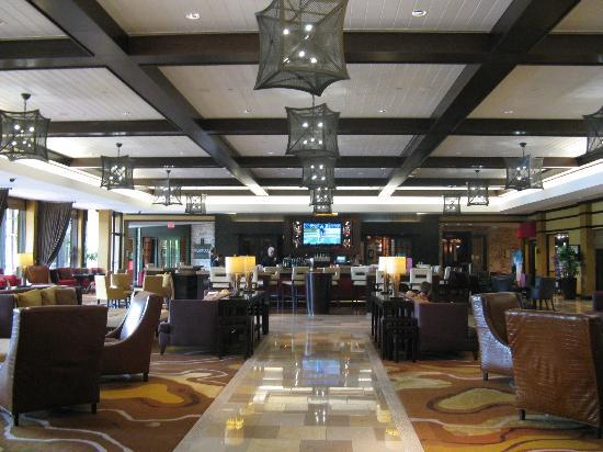 بي جي إيه ناشونال ريزورت آند سبا: Lobby Bar 