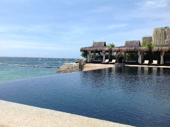 Abaca Boutique Resort: Infinity pool