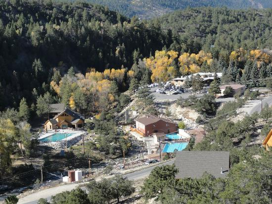 Mount Princeton Hot Springs Resort : View of pools from above