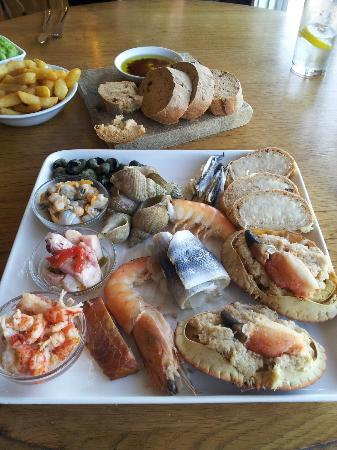 Crab & Winkle Restaurant: Seafood platter