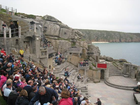 Minack Theatre: Waiting for the play to begin