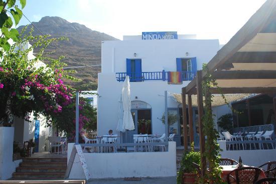 Hotel Minoa: Hotel Front