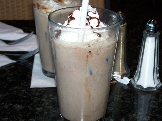 GS Steamers Bar & Grill: One of the specialty drinks