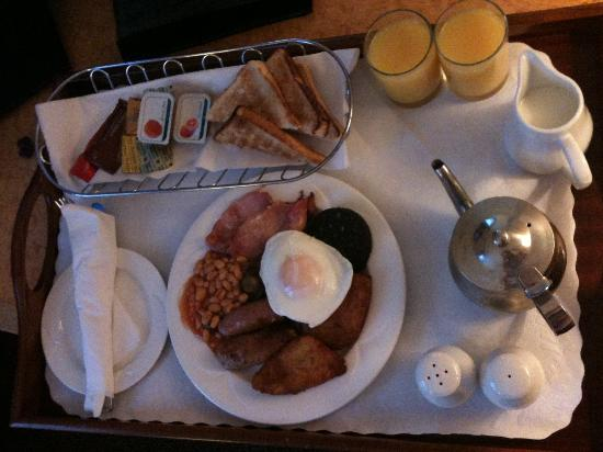 Holiday Inn Liverpool City Centre: Breakfast in Bed