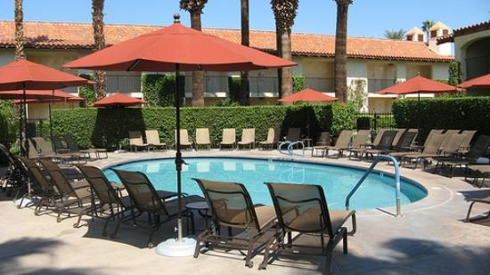 Miramonte Indian Wells Resort & Spa: Adults only pool